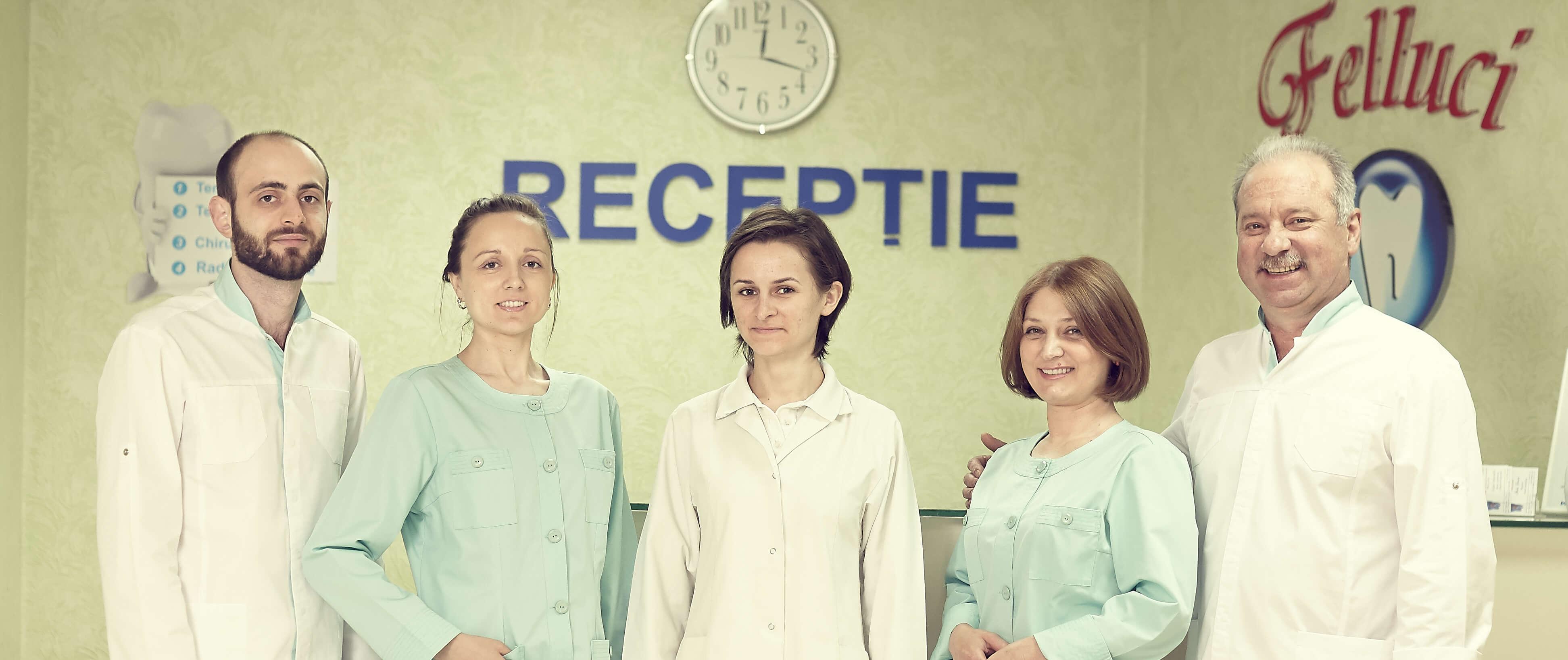 """Echipa clinicii """"Felluci"""" vă așteaptă cu mare drag să aflați, care este """"Secretul unui zîmbet de invidiat!"""""""